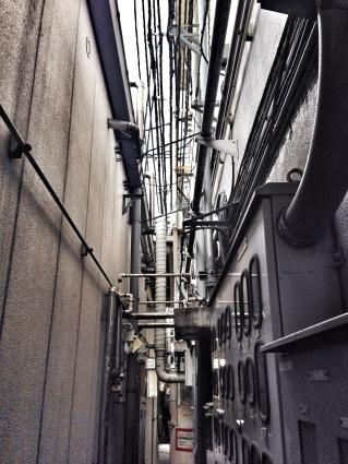 wiring at Tsukiji