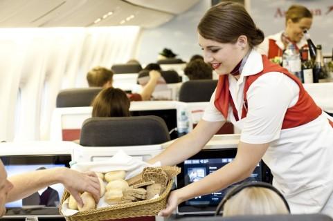 cabin service (by Michèle Peauty)