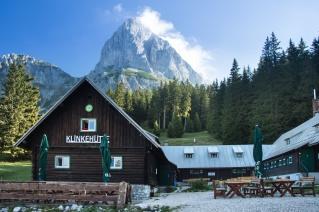 Oberst Klinke Hut, a famous mountain retreat