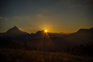 sunrise over the Lahngangalm